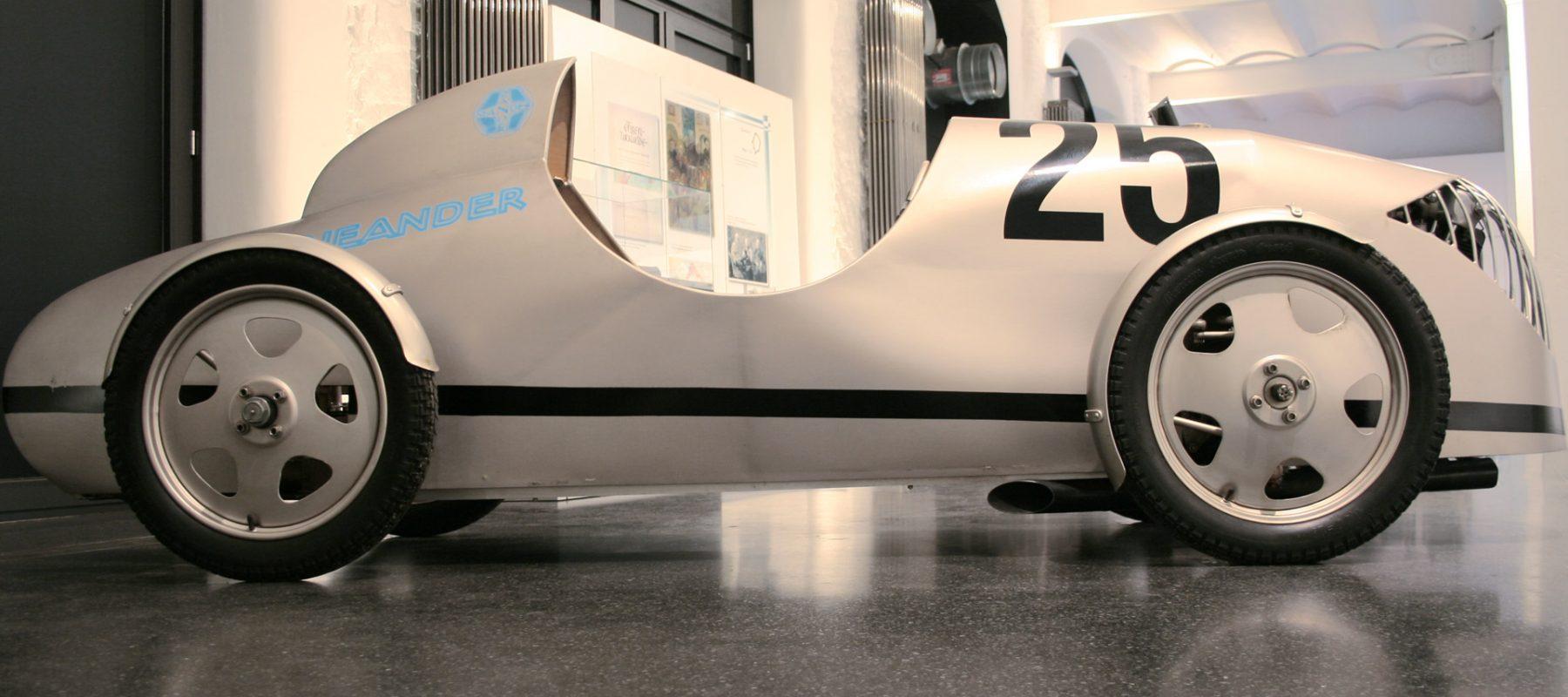 2010 zeigte das Hamburger Automuseum PROTOTYP in Zusammenarbeit mit den Archiven Thomas Trapp und Reinhold Kraft eine Sonderausstellung über das Leben und Werk von Ernst Neumann-Neander. Dieser war Erfinder, Automobildesigner, Konstrukteur, Maler, Illustrator und vieles mehr. Ein besonderes Highlight waren die Motorräder aus den 1920er und 1940er Jahren sowie die Fahrmaschinen, die Ernst Neumann-Neander in den späten 1930er Jahren konstruierte.